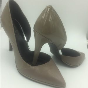 KENNETH COLE Reaction Heels Size:8M